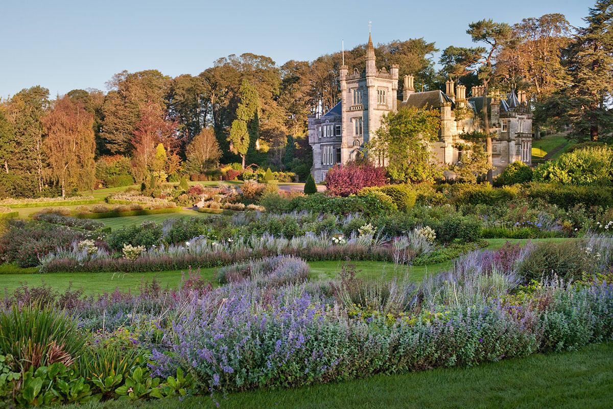 Teasses-gardens-estate-fife-open